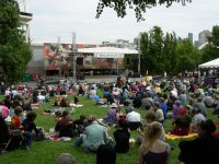 Free summer fitness classes in Zumba and Yoga at Seattle Center