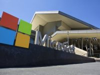 Free self-guided tour at Microsoft Visitor Center features latest technology