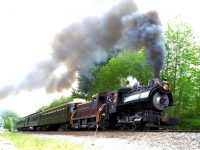 Free ride for Fathers on the Snoqualmie Valley Railroad with a paying child