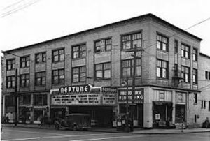 Neptune Theater 1946 photo by Museum of History and Industry