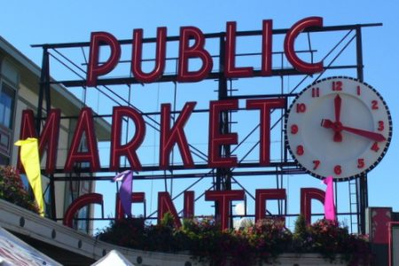 Pike Place Market clock (C.Cancler)