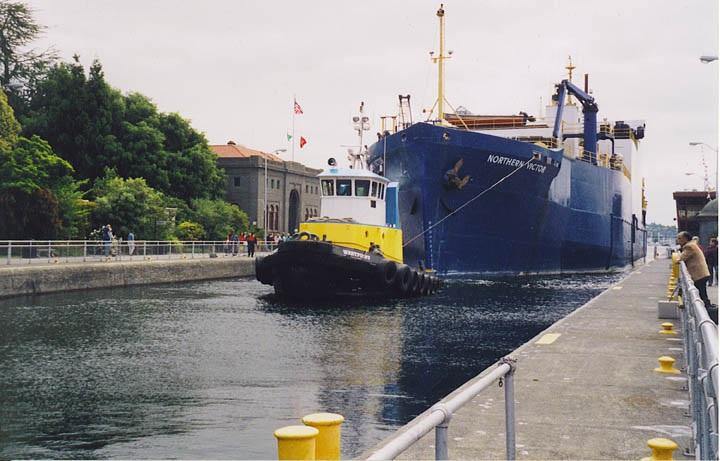 Large lock Hiram M. Chittenden Locks in Ballard