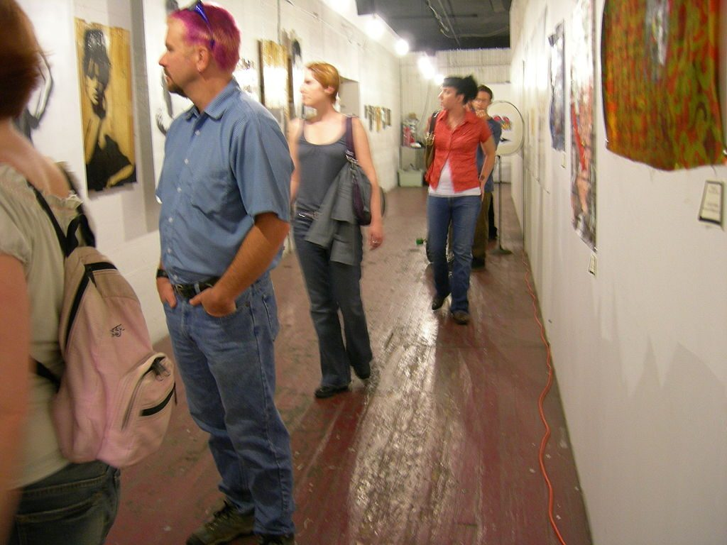 Free things to do in Seattle include numerous art walks