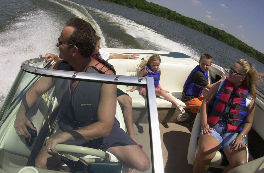 Family boating safely