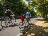 Seattle Bicycle Sundays along Lake Washington Boulevard