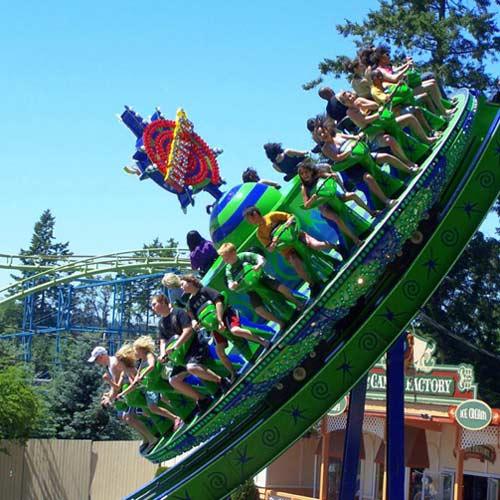 Wild Waves disco flashback amusement ride