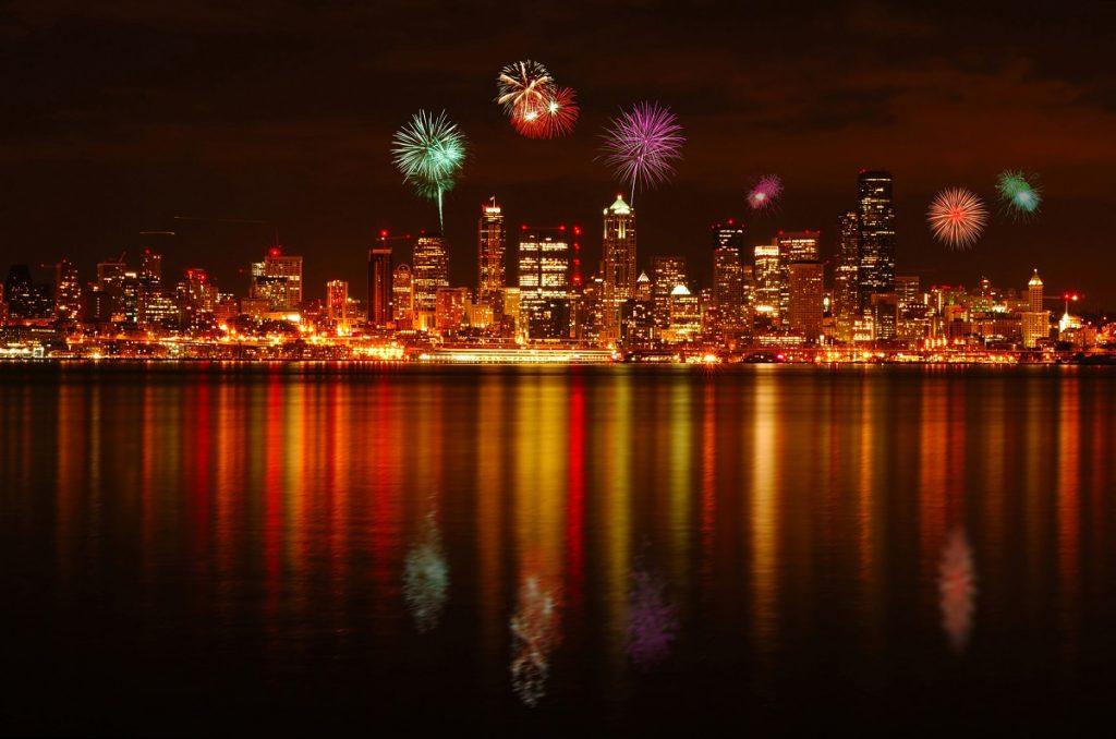 Seattle fireworks from Alki park