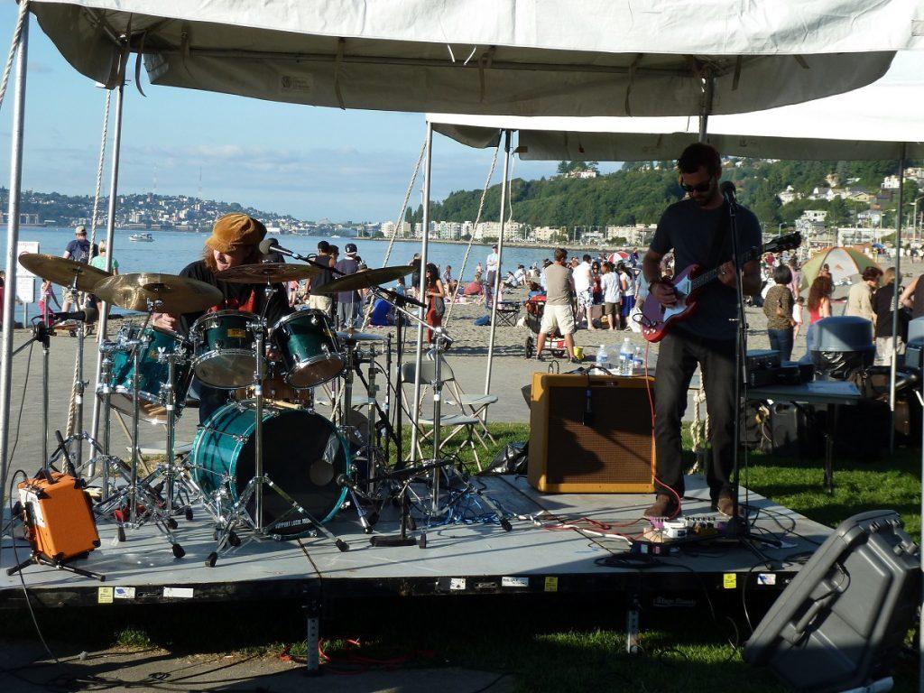 Alki Art Fair band 2012 photo by Chas Redmond (CC2)