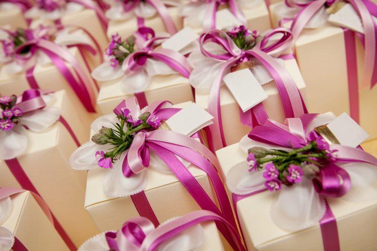 wedding gifts - DepositPhotos.com