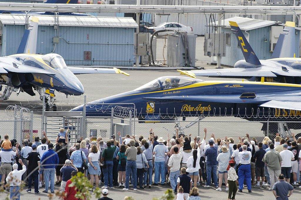 U.S. Navy Blue Angels on the runway at Seattle Museum of Flight By U.S. Navy photo by Mate 2nd Class Eli J. Medellin. [Public domain], via Wikimedia Commons