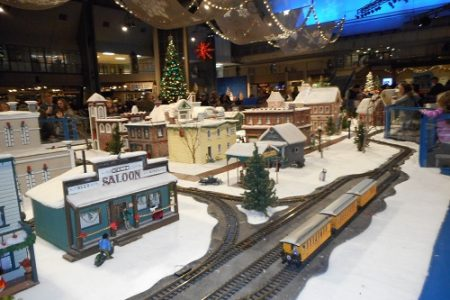 Seattle Center Winterfest train and village 2015 photo by Steverelei (CC4)