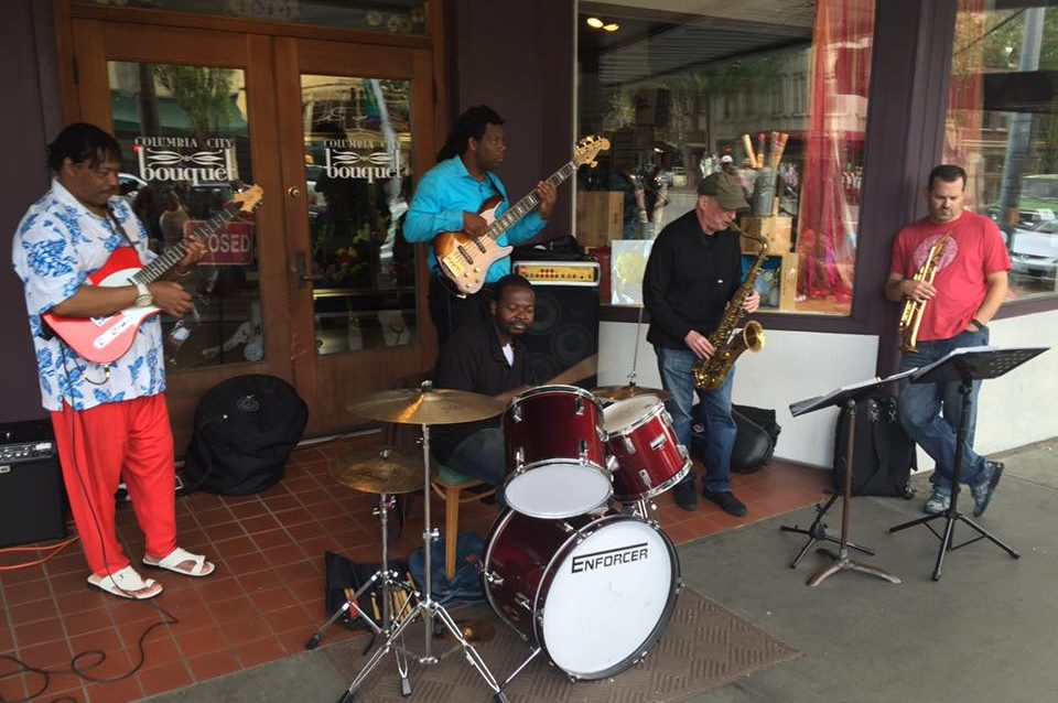 Alex Duncan's reggae band Seattle beatwalk 2016
