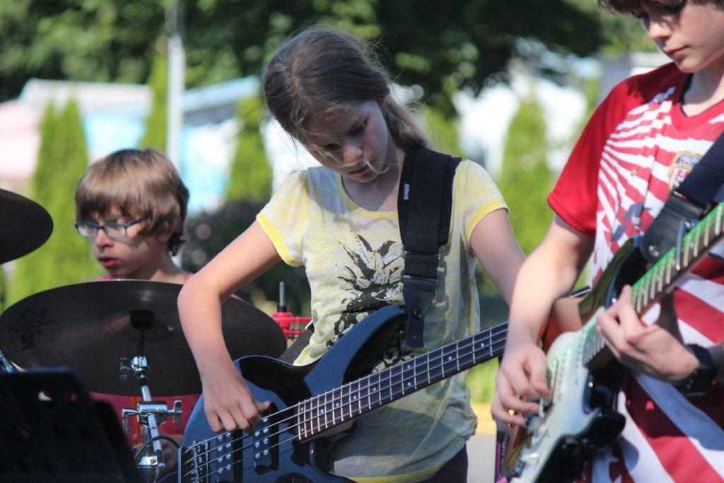 Make Music Day Issaquah girl musician