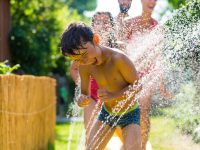 Free sprayparks, wading pools, beaches for kids at Seattle parks