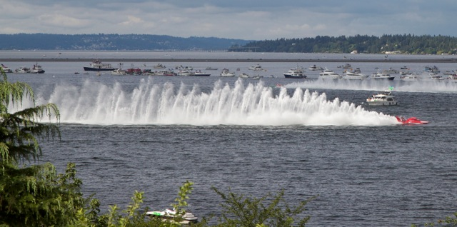 Seafair Seattle 2010 hydroplane races photo by Carole Cancler