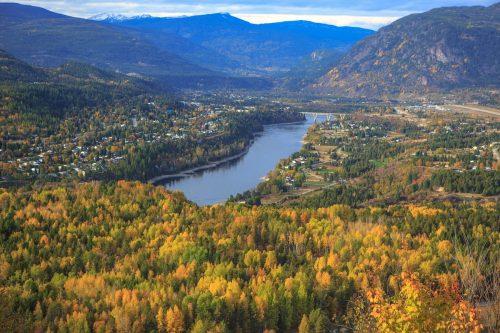 Fall colours along the Columbia River at Castlegar