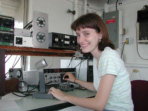 Amateur 'ham' radio operator, Yvette Cendes, KB3HTS, at station W8EDU, 2005 (CC3)