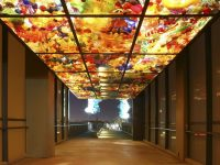 Chihuly bridge to Tacoma Glass Museum - DepositPhotos.com