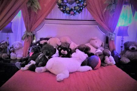 Fairmont Hotel Teddy Bear Suite 2017 photo by Carole Cancler
