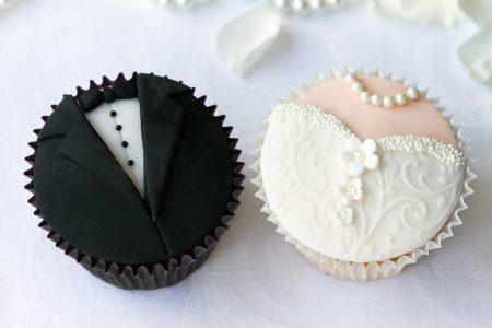 Wedding cupcakes - DepositPhotos.com
