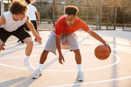 basketball players outside