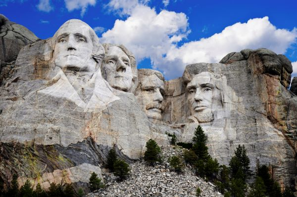 Mount Rushmore presidents Washington, Jefferson, Roosevelt, and Lincoln