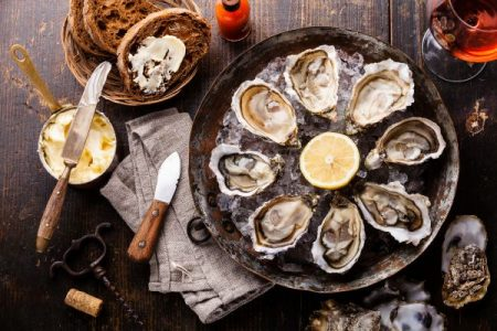 raw oyster platter